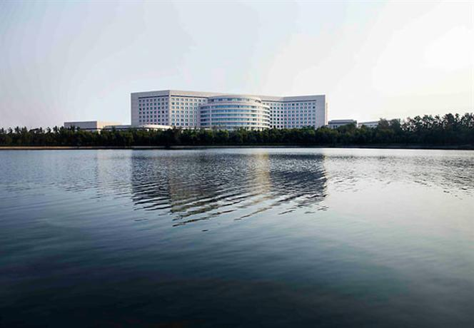 Renaissance Tianjin Lakeview A Marriott Luxury & Lifestyle Hotel