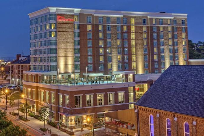 Hilton Garden Inn Nashville Downtown Convention Center