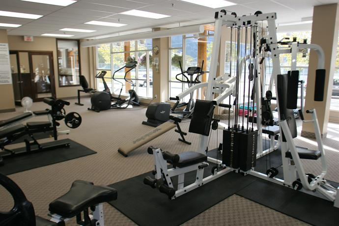 3 Waterton Lakes Resort 101 Clematis Avenue Waterton