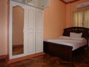 Roselas Apartelle