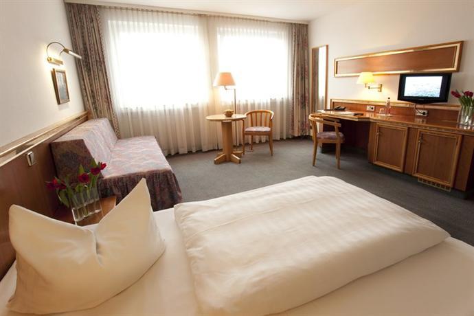 Top Hotel Post Airport Frankfurt am Main