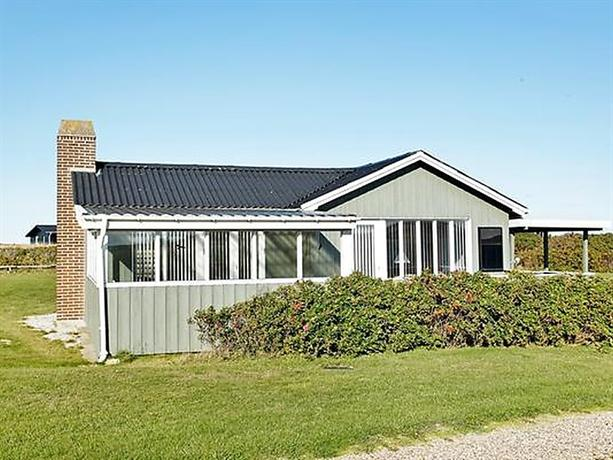 Three-Bedroom Holiday home in Lokken 57