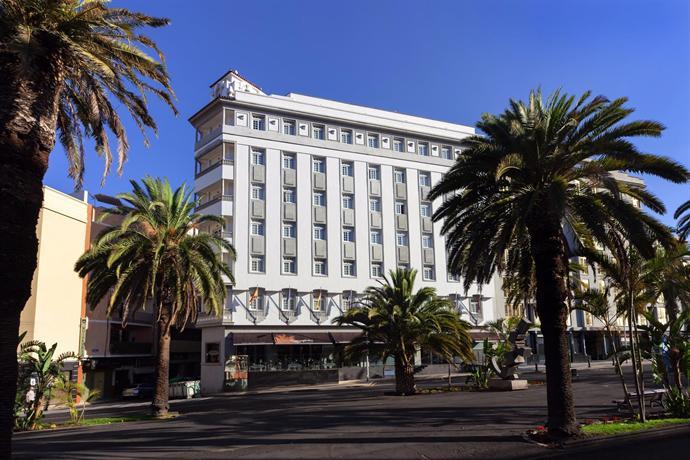 Occidental Santa Cruz Contemporaneo