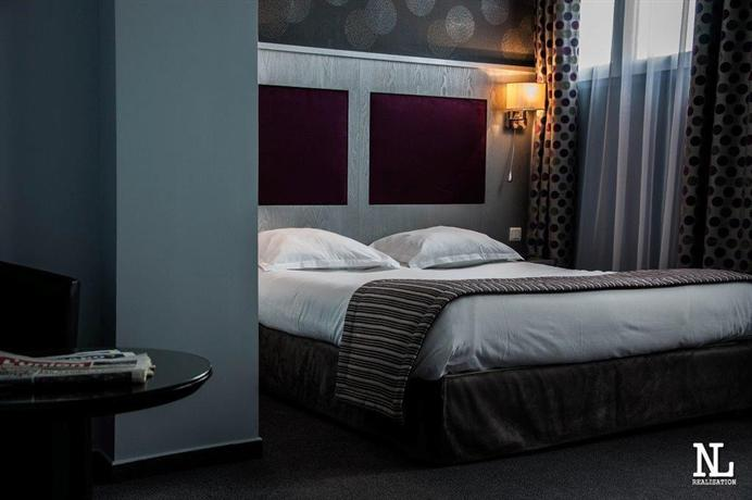 halles du boulingrin public building in reims thousand wonders. Black Bedroom Furniture Sets. Home Design Ideas
