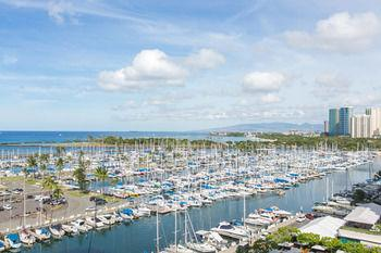 Marina Hawaii Vacations at the Ilikai