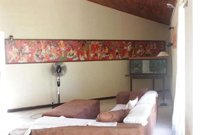 Nilaveli Crystal Blue Hotel