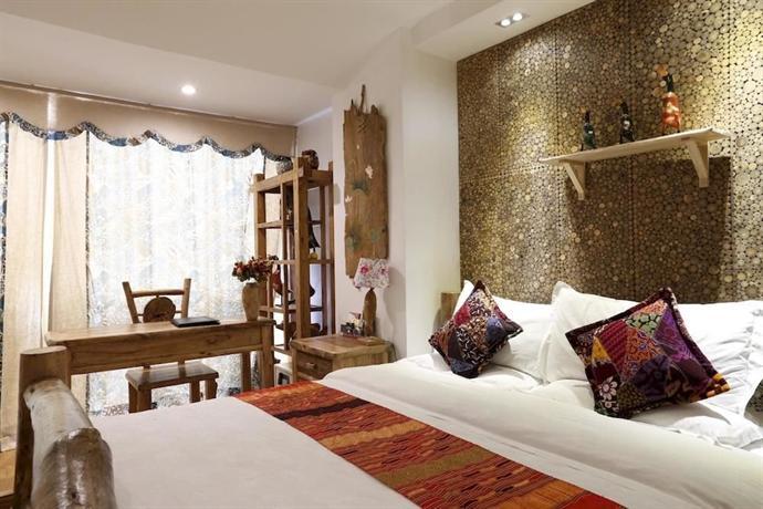 Pufengtang Wooden Art Hotel