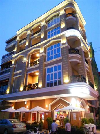 Pillar Hotel