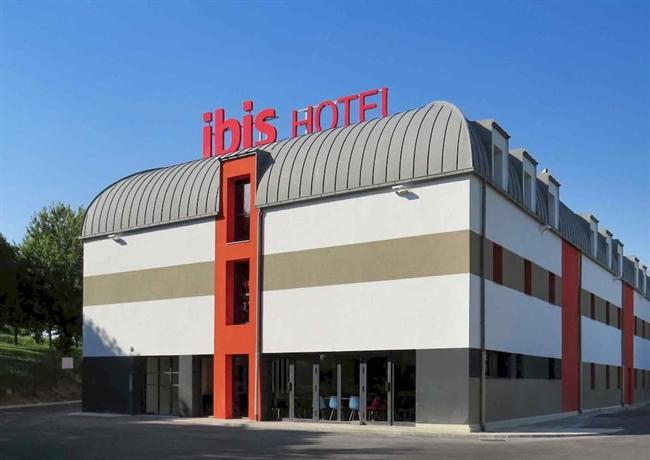 Ibis Soissons