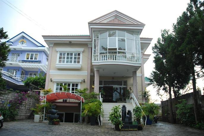 Nguyen Hung Hotel