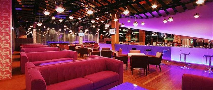 Courtyard Hotel @ 1Borneo
