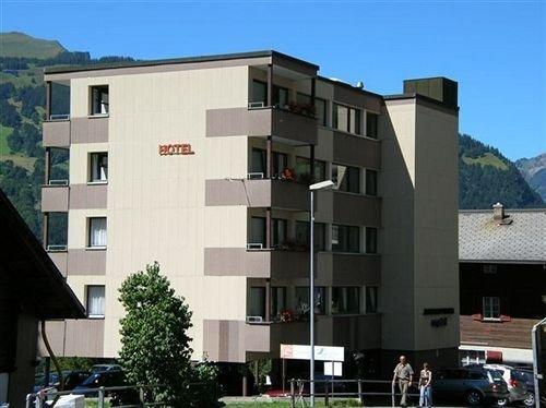 Jungfrau Lodge Annex Crystal