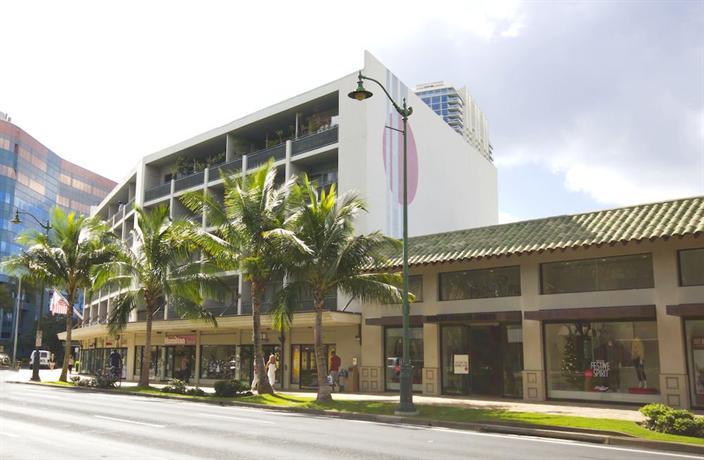 Polynesian Plaza