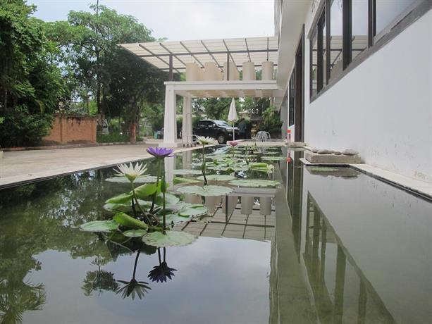 Suan Dok Kaew Hotel