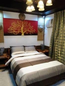 Fairlane Suites