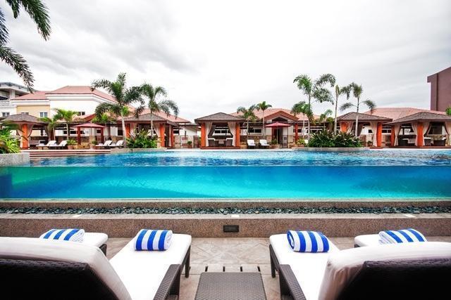 Maxims Hotel Pasay City