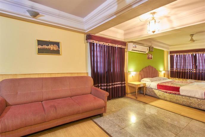 Hotel Abhishek Mysore