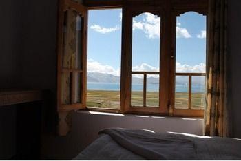 Tsomoriri Hotel Lake View