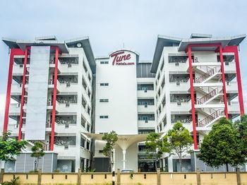 Tune Hotel Sepang