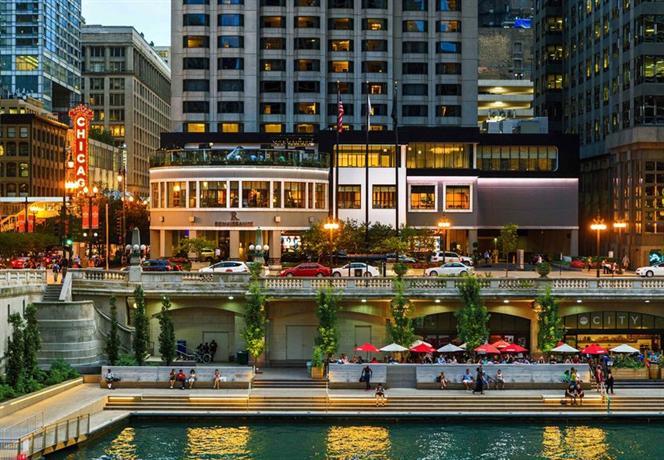 Renaissance Chicago A Marriott Luxury & Lifestyle Hotel