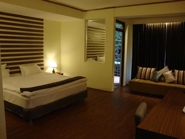 Maya Inn