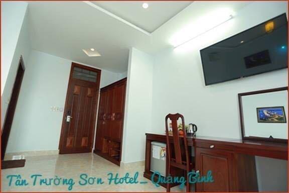 Tan Truong Son Hotel