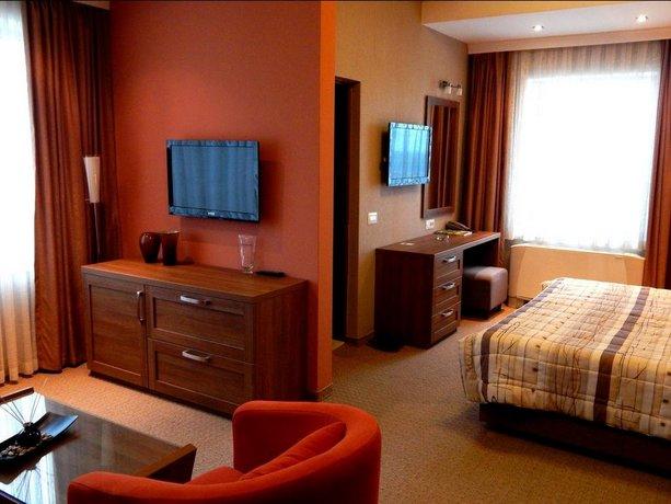 Emka Hotel