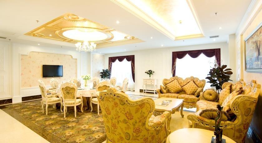 Ramada Plaza Chongqing West Hotel