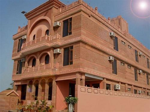 Siris 18 Hotel Agra