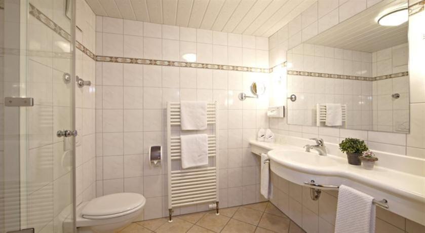 Hotel & Gashof Schatten