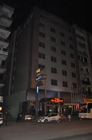 Grand Isias Hotel