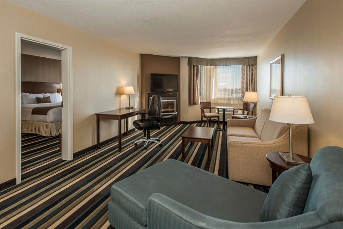 17 Best Western Plus Winnipeg Airport Hotel 1715