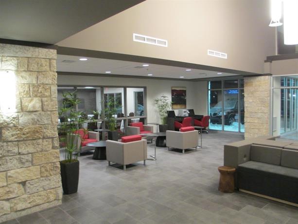 1 Best Western Plus Eastgate Inn Amp Suites Regina 3840