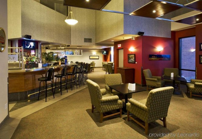 3 Delta Hotels By Marriott Sherbrooke Conference Centre