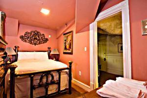 Chateau Tivoli Bed & Breakfast_18