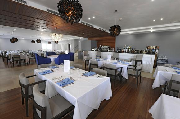 Riviera Hotel_12