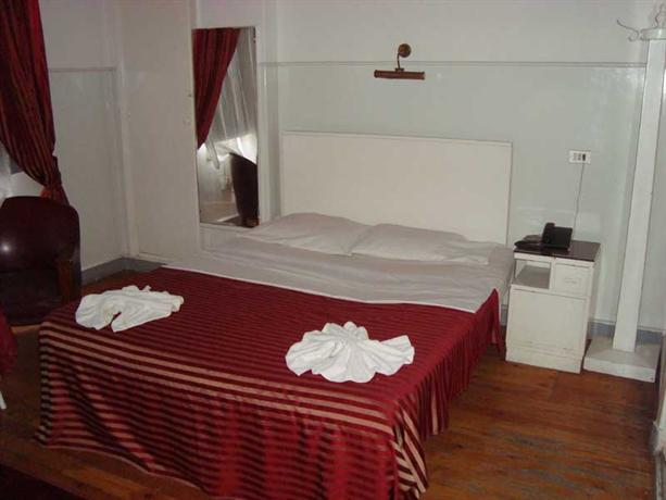 Carlton Hotel_17